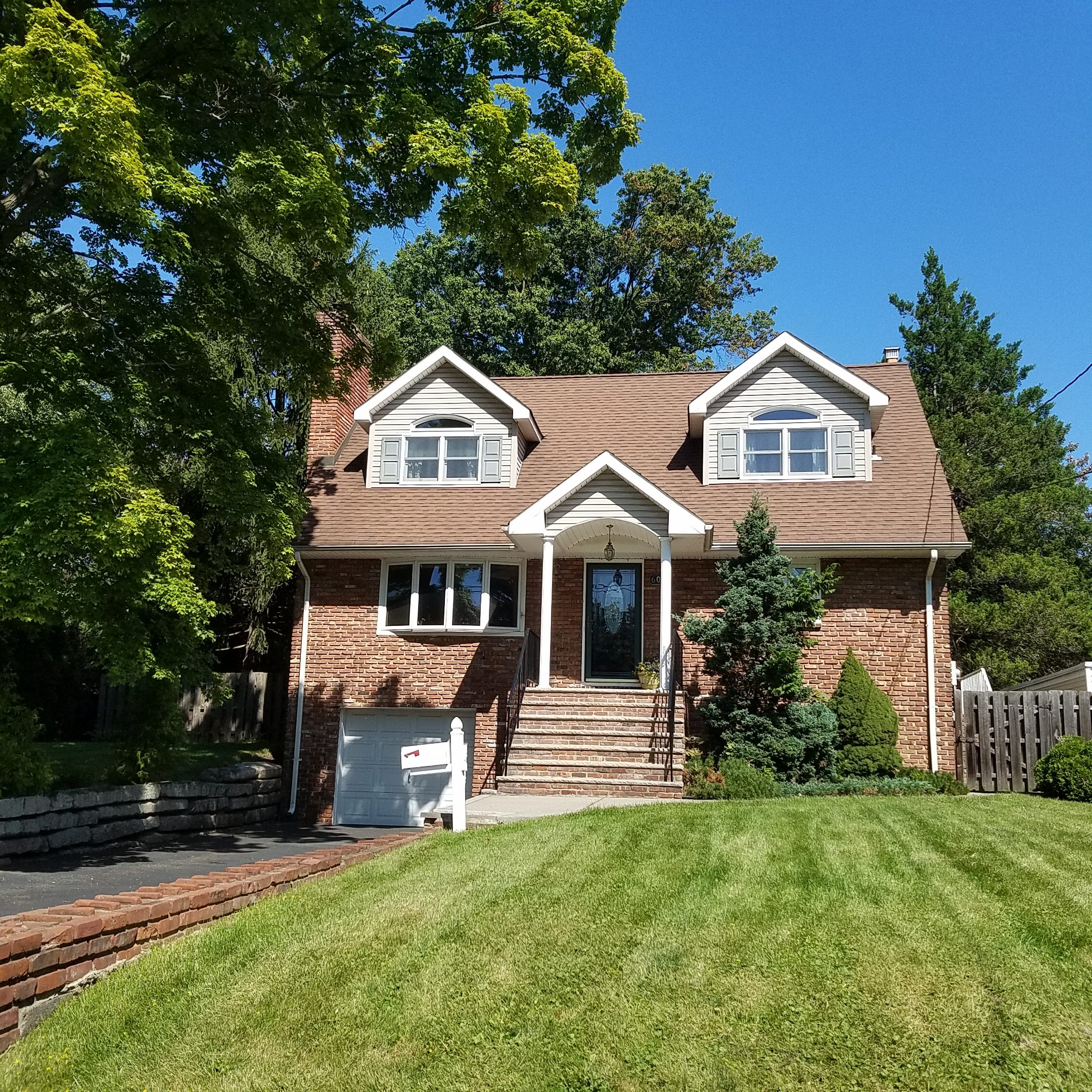 New Listing! 60 Morningside Road