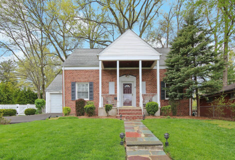 12 Shawnee Road, Cranford <br /> Sold $542,733